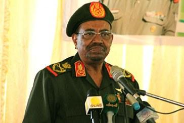 البشير: سنطور الجيش ليصبح قوة رادعة لتأمين السودان