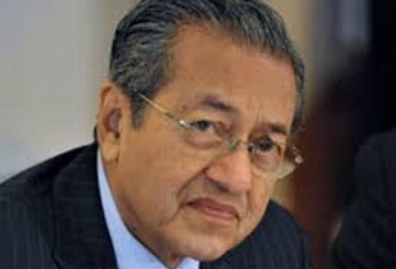 إلغاء ترخيص حزب (مهاتير محمد) بماليزيا قبل الانتخابات