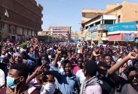 رسميآ .. الشرطه تعلن وفاة ثلاثة مواطنين في مظاهرات أمدرمان
