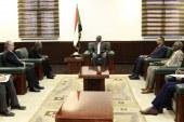مظاهرات السودان تسيطر على مباحثات وفد امريكي بالخرطوم