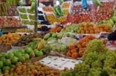 ندرة في الفاكهة المستوردة وانخفاض في اسعار الأصناف المحلية