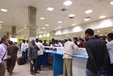 وصول (169) من السودانيين العالقين بليبيا عبر مطار الخرطوم اليوم