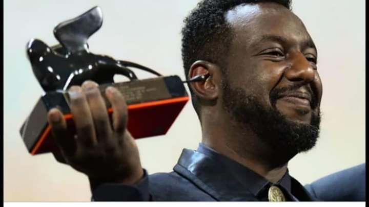 """فوز مخرج سوداني في مهرجان فينيسيا بجائزة """"أسد المستقبل"""""""