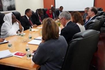 حمدوك يجدد استعداد السودان للتعاون مع البنك الدولي