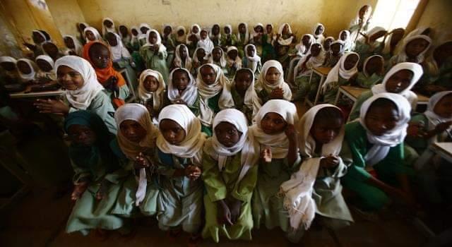 """مهاجمة مدارس جنوب الخرطوم .. """"ضرب وإضراب""""!!"""