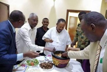"""الجبوري يحكم على """"حمدوك"""" بغرامة مالية لإنتهاكه موروثات دارفور !!"""