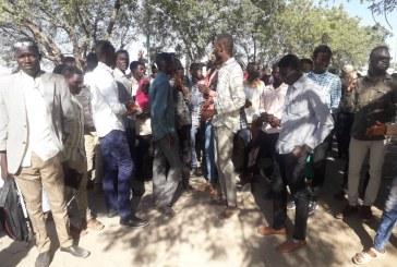وقفة احتجاجية لطلاب جامعة نيالا بسبب أزمة المواصلات