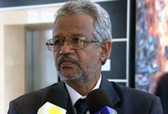 استقالة مدير جامعة افريقيا العالمية كمال عبيد